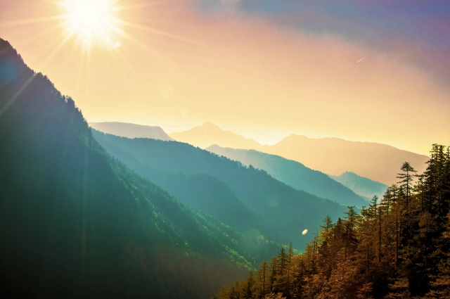 山の夜明けイメージ20170525
