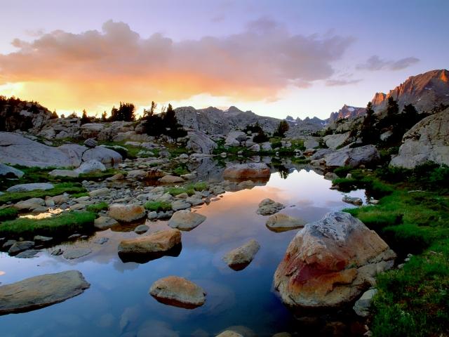 美しい水辺の風景イメージ20171107