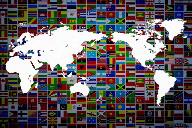 世界地図と国旗イメージ20171227