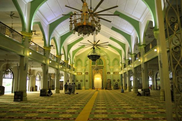 モスクの内部イメージ20181024