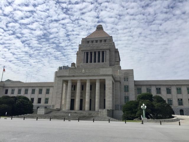 風雲の国会議事堂20211008